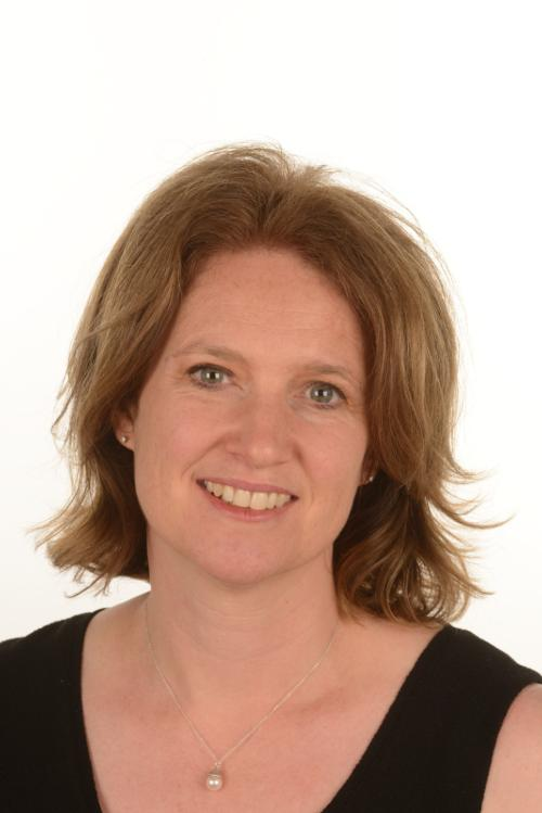 Facial photo of Dr Kate Potter